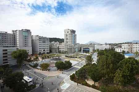 Trường đại học ngoại ngữ Hankuk Hàn Quốc Tuyển Sinh