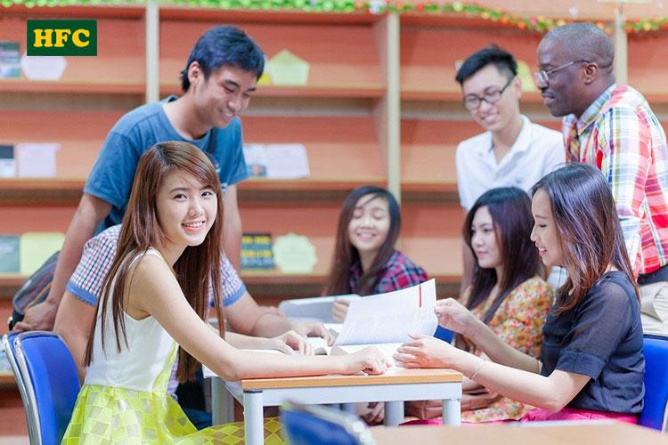 Giao lưu trong giờ học của du học sinh tại trường Đại học JungWon